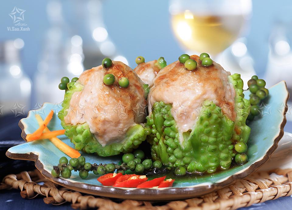 Chụp món ăn: Cá thác lác sốt tiêu xanh